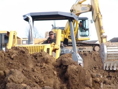 Dozer & Excavator